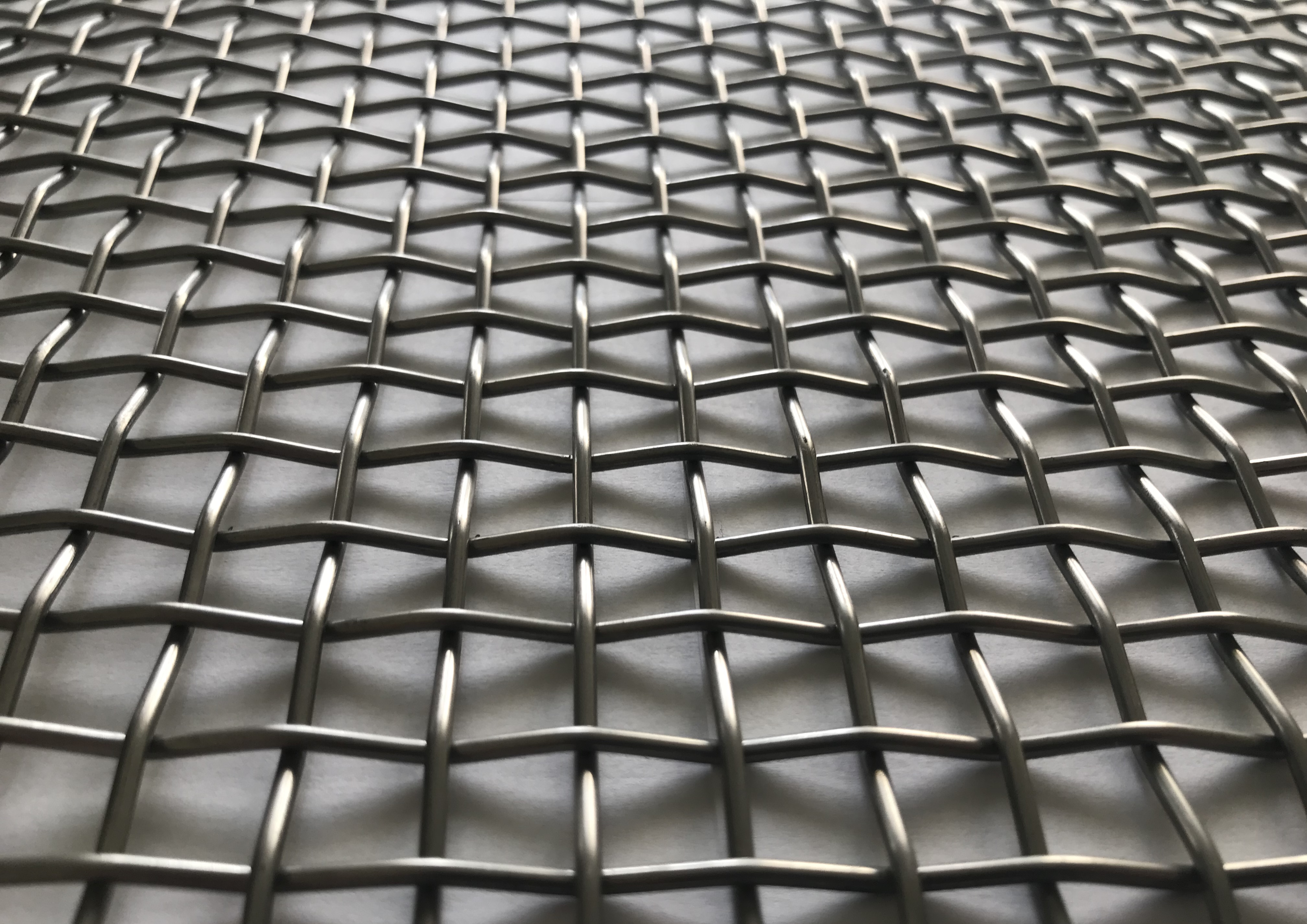 Wire screens with square holes